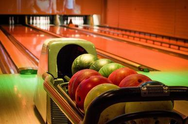 use the right equipment to avoid back pain bowling