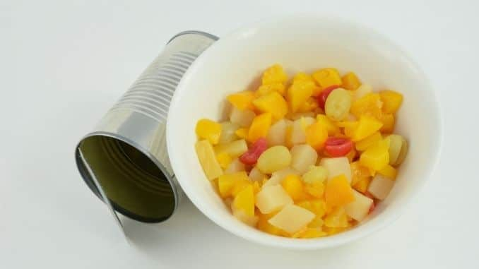 canned-fruit-cocktail
