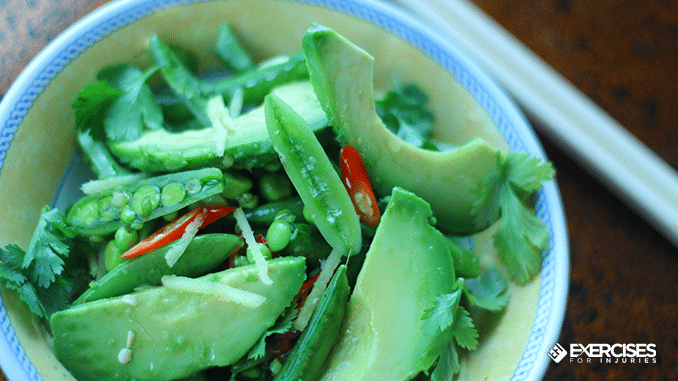 Pain-relieving Avocado, Chile and Ginger Salad