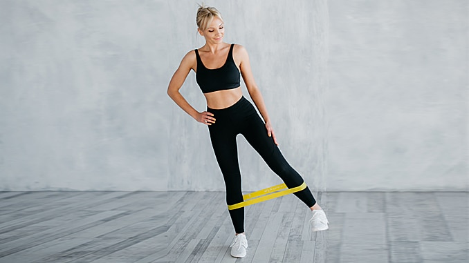 5 Easy Resistance Band Exercises to Build Muscle and Strength