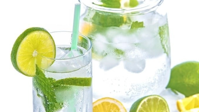 mineral-water-lime-mint-glass-