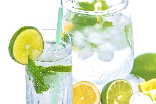 mineral-water-lime-mint-glass