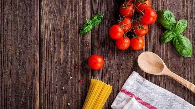 cook-tomatoes-dish