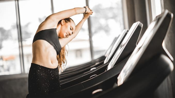 4 Best Stretches Before Your Treadmill Workout