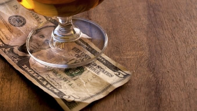 Guide-to-Holiday-Tipping