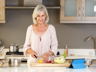 The-Pros-and-Cons-of-a-Keto-Diet-for-Menopausal-Women