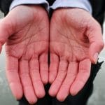 10 Ways to Reduce Symptoms of Raynaud's Disease