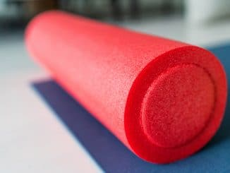 4 Ways to Foam Roll Your Knee Pain Away