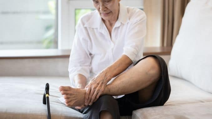 Old elderly with foot injuries