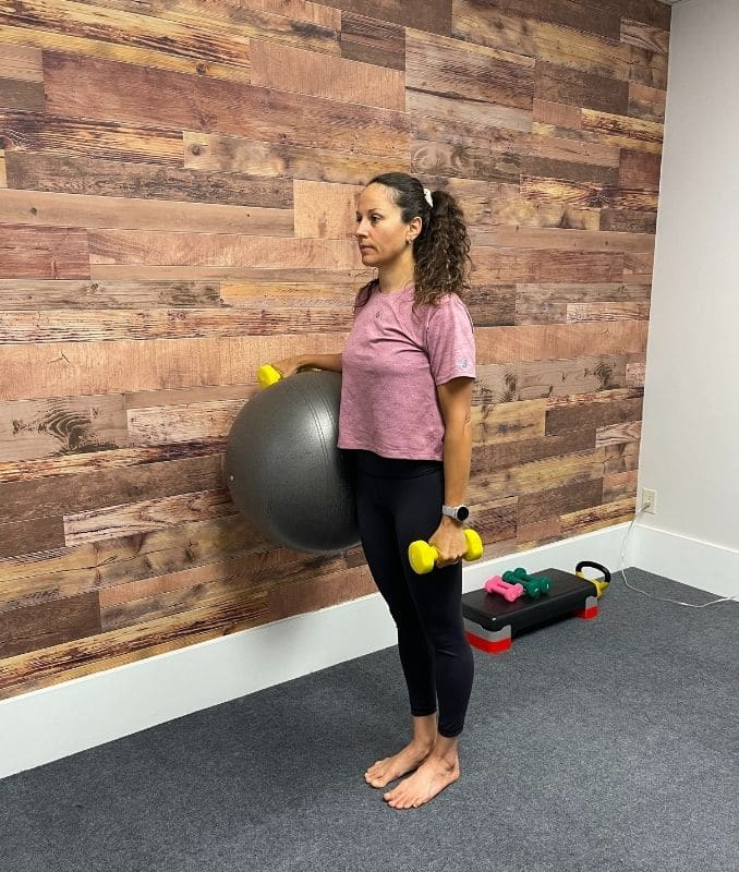 Supported Lunge with Overhead Weight 1