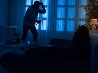 10 Ways to Protect Your Home From Thieves